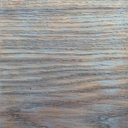Дымчатый голубой на ясене